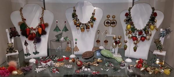 Gioielli e accessori per uomo e donna da Profumerie Castelli Roma